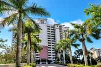 425 Cove Tower Dr. #1003