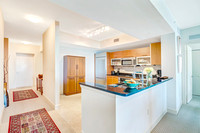 3000 Oasis Grand #604